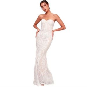Lulus You Belong with Me strapless maxi dress
